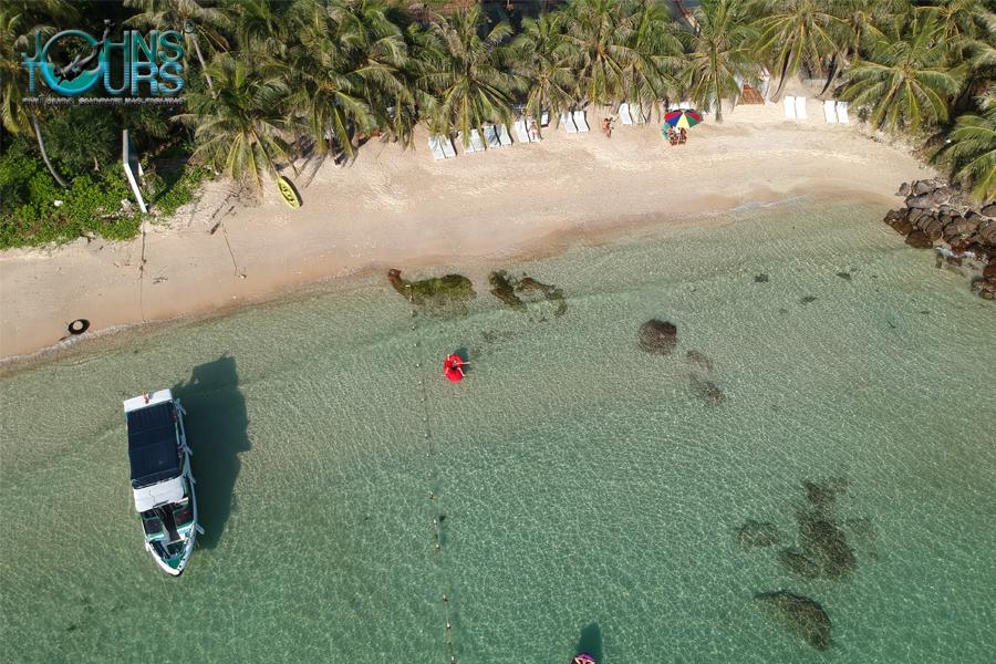 Hòn đảo riêng củaJOHN'S TOURS