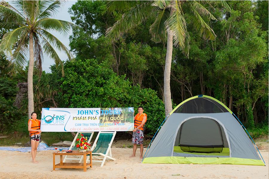 Cắm trại và ngắm bình minh cùng John's Tours Phú Quốc