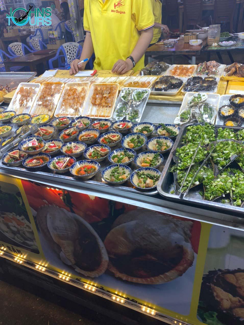 Ăn gì ở chợ đêm