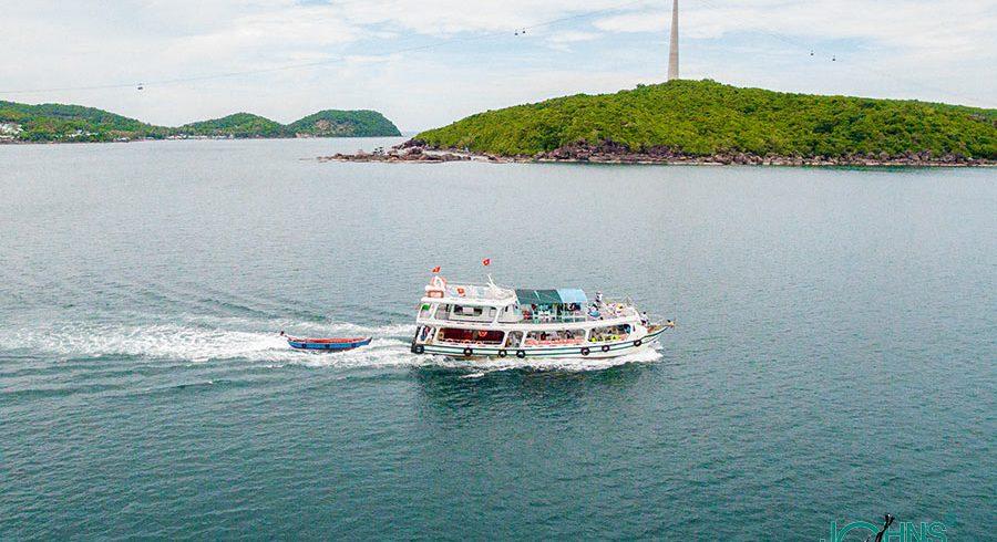 Cáp treo và tàu riêng Nam đảo